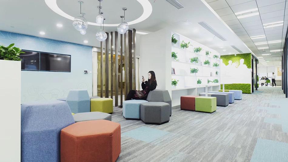 腾讯众创空间(北京)-欧时家具办公家具定制案例