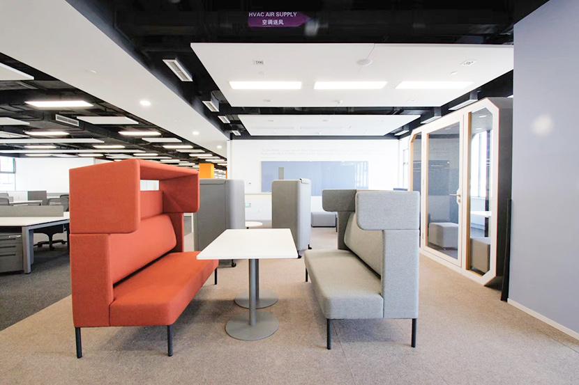 欧时家具浅析办公沙发定制时需要注意的一些事项