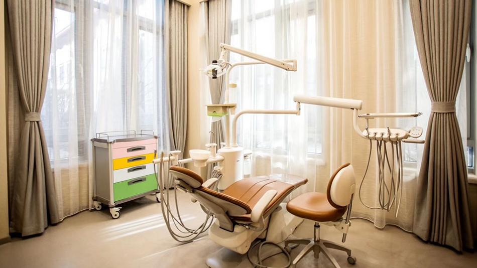 北京维凯尔医疗美容医院-欧时家具办公家具定制案例