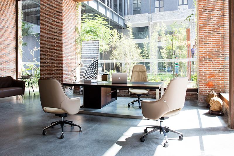 企业如何高效定制整体办公家具?