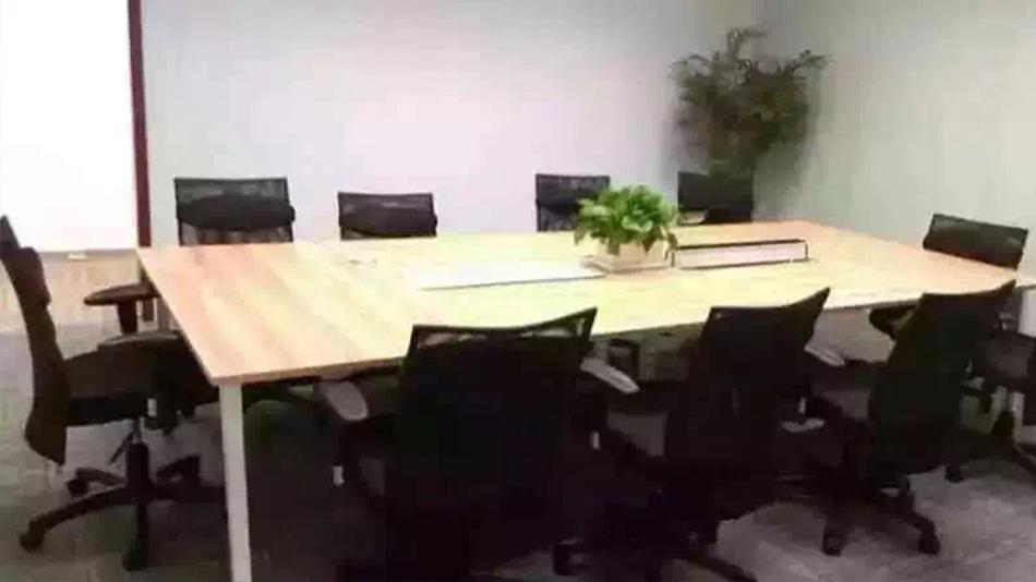 万达广场-欧时家具办公家具定制案例